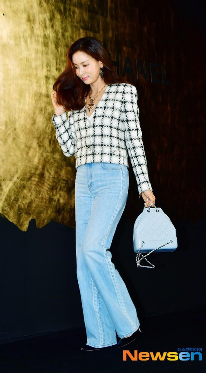 Sự kiện Chanel tại Seoul: Kristen Stewart xuất hiện với diện mạo dọa ma, chị em nhà Jessica - Krystal xuống sắc - ảnh 12