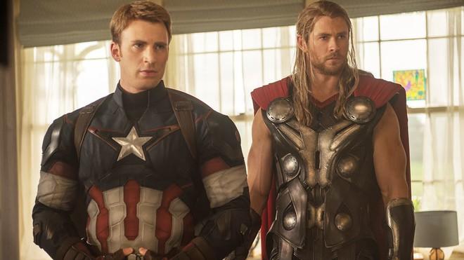 Hé lộ catxe làm siêu anh hùng: BLACKWIDOW vừa được tăng lương ngang Captain America và Thor? - Ảnh 2.