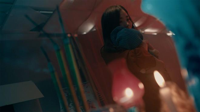Phép thuật loạn xạ, chị em y tá hotgirl luyện bùa ếm trai đẹp như... phù thủy trong trailer Bệnh Viện Thần Ái - ảnh 11