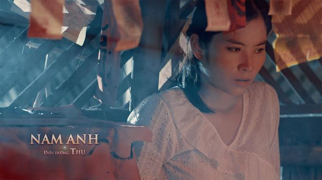 Phép thuật loạn xạ, chị em y tá hotgirl luyện bùa ếm trai đẹp như... phù thủy trong trailer Bệnh Viện Thần Ái - ảnh 4