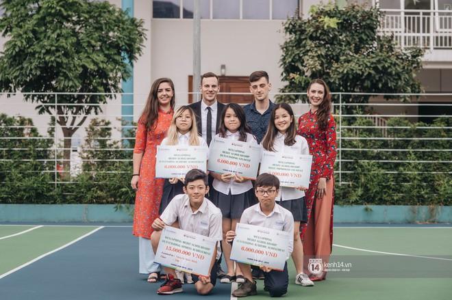 Đẳng cấp lễ bế giảng trường song ngữ quốc tế tại Hà Nội: Học sinh đẹp đã đành, nhan sắc thầy cô còn đỉnh cao hơn - ảnh 7