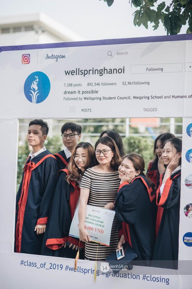 Đẳng cấp lễ bế giảng trường song ngữ quốc tế tại Hà Nội: Học sinh đẹp đã đành, nhan sắc thầy cô còn đỉnh cao hơn - ảnh 2