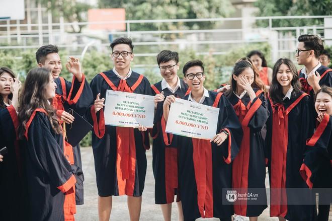 Đẳng cấp lễ bế giảng trường song ngữ quốc tế tại Hà Nội: Học sinh đẹp đã đành, nhan sắc thầy cô còn đỉnh cao hơn - ảnh 10