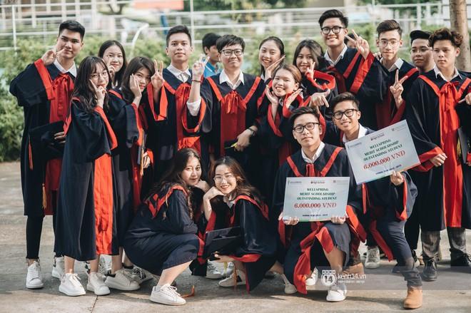 Đẳng cấp lễ bế giảng trường song ngữ quốc tế tại Hà Nội: Học sinh đẹp đã đành, nhan sắc thầy cô còn đỉnh cao hơn - ảnh 11