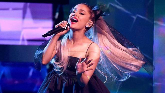 Nhìn những lần Ariana Grande huỷ show, đến nước Mỹ còn là nạn nhân thì fan Việt chẳng cần chạnh lòng làm gì - Ảnh 3.