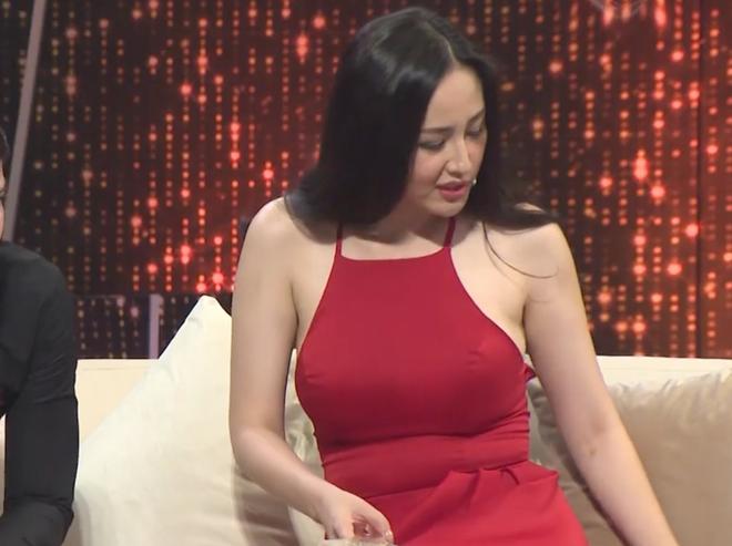 Người ấy là ai? tung clip mới: Mai Phương Thúy lộ dáng ngồi manly và bụng ngấn mỡ - ảnh 3
