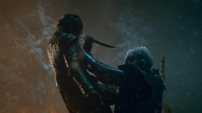 Chỉ với một tập phim, Game of Thrones mùa 8 đã phá nát cả 9 năm xây dựng - ảnh 5