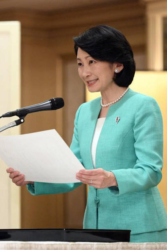 Tân Thái tử phi Kiko: Nàng dâu chuẩn mực, hoàn hảo đến khó tin, được lòng cả dân chúng Nhật Bản - ảnh 10