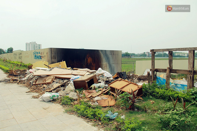 Chùm ảnh: Vừa hoạt động 3 tháng, con đường mang tên nhà tư sản Trịnh Văn Bô đã ngập ngụa rác thải - ảnh 13