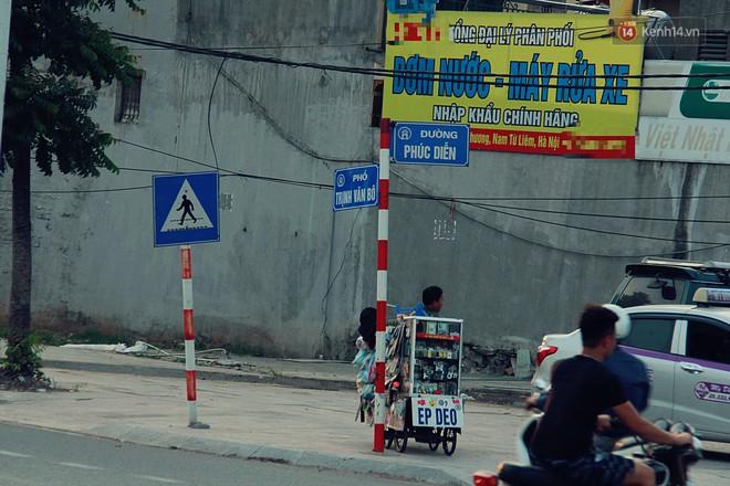 Chùm ảnh: Vừa hoạt động 3 tháng, con đường mang tên nhà tư sản Trịnh Văn Bô đã ngập ngụa rác thải - ảnh 3