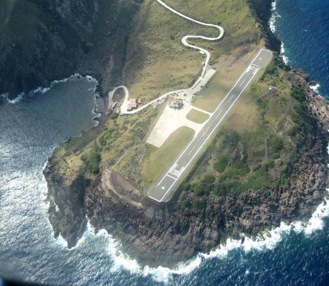 9 sân bay tọa lạc ở nơi chênh vênh hiểm trở như tận cùng thế giới, vị trí thứ 8 mang tên Cristiano Ronaldo - ảnh 10