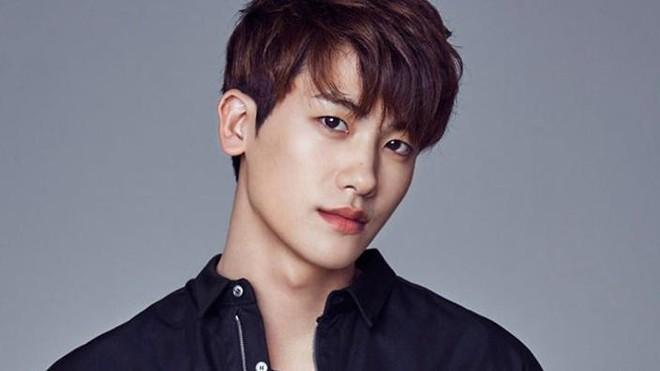 6 chàng trai làm trùm top hôn giỏi xứ Hàn: Ji Chang Wook cũng phải chào thua màn đưa môi bạo liệt cuối cùng - ảnh 19