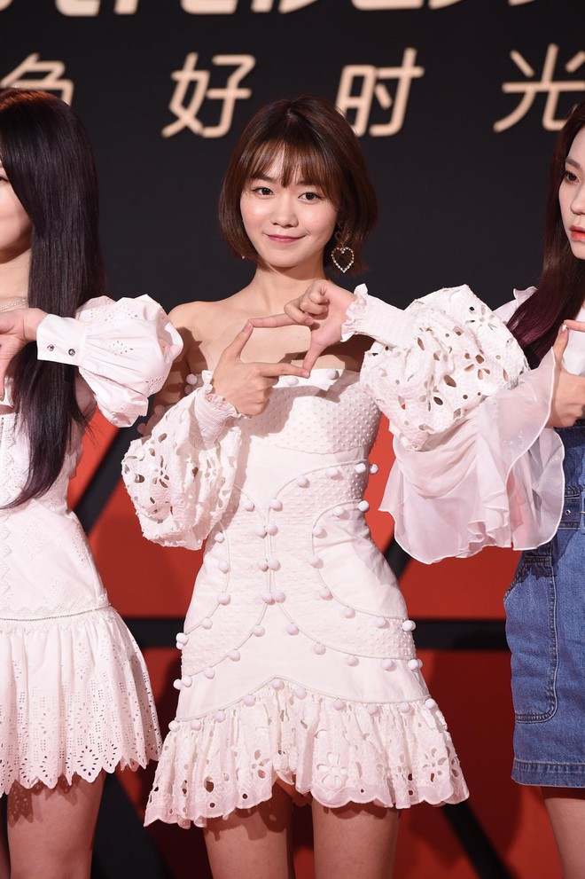 Sự kiện Tencent: Quân đoàn Rocket Girls đổ bộ thảm đỏ chiếm spotlight, Phó Hằng Hứa Khải tuột dốc nhan sắc - Ảnh 5.