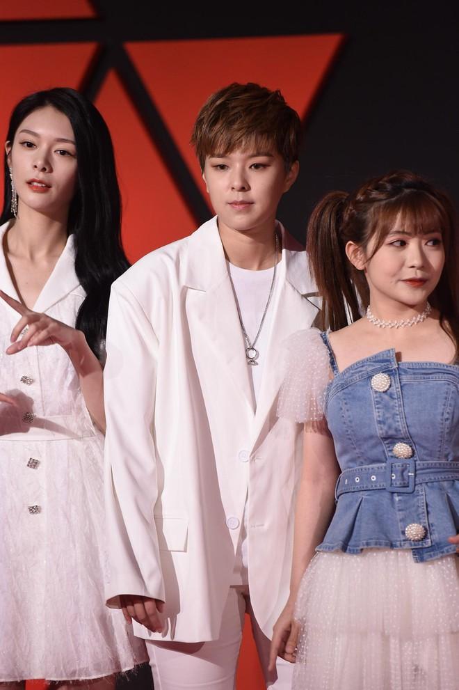 Sự kiện Tencent: Quân đoàn Rocket Girls đổ bộ thảm đỏ chiếm spotlight, Phó Hằng Hứa Khải tuột dốc nhan sắc - Ảnh 11.