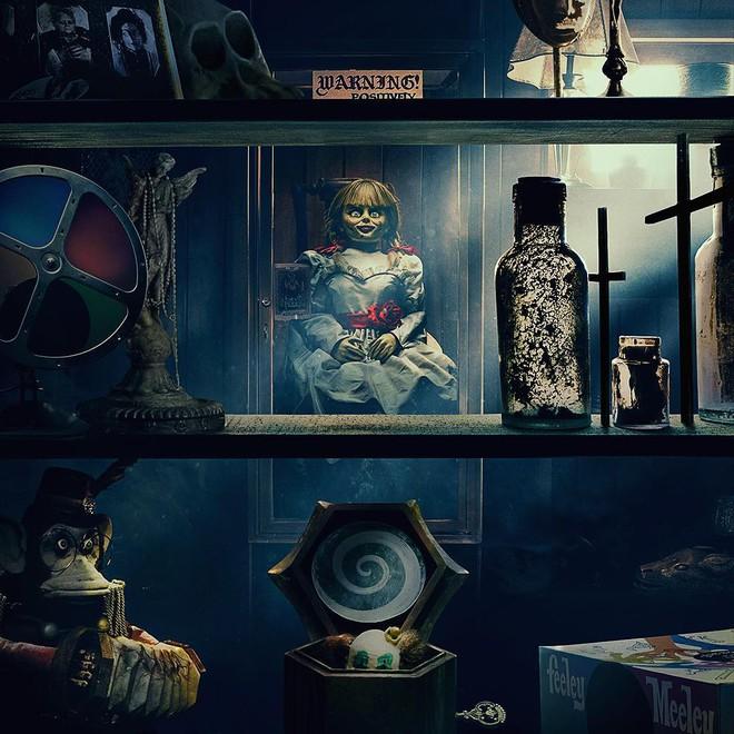 Review Annabelle: Bé Beo từ vai chính trở thành cameo, lũ trẻ còn đáng sợ hơn cả ma! - Ảnh 1.