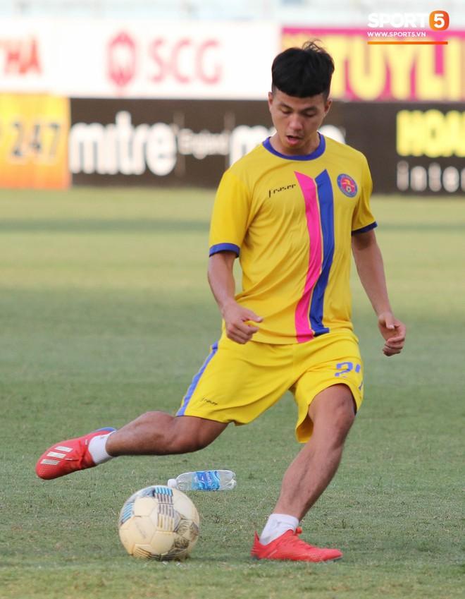 Tiến bộ thần tốc, cựu thủ môn điển trai của U23 Việt Nam vẫn khiêm tốn trước cuộc đọ sức với Hà Nội FC - ảnh 13