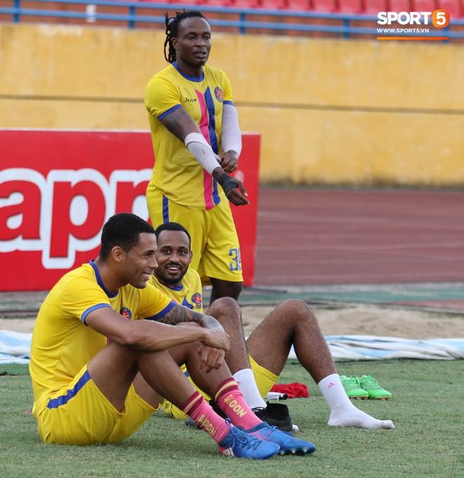 Tiến bộ thần tốc, cựu thủ môn điển trai của U23 Việt Nam vẫn khiêm tốn trước cuộc đọ sức với Hà Nội FC - ảnh 12