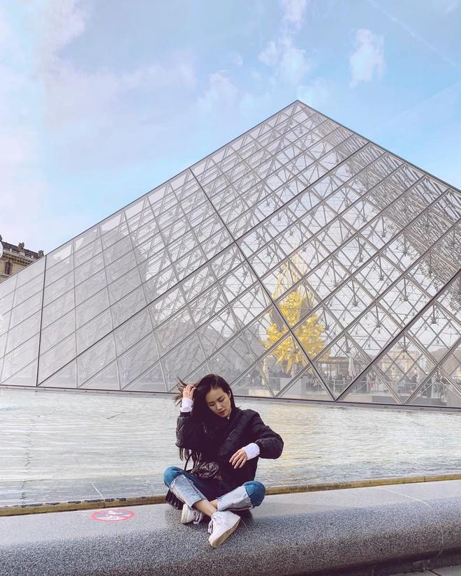Không chỉ đẹp tựa nữ thần hay sở hữu hàng loạt bản hit, cô nàng này còn là người có tần suất du lịch đáng nể nhất showbiz Việt! - ảnh 18