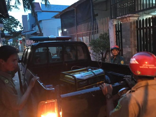7 bà cháu hôn mê trong căn nhà ở Sài Gòn nghi do ngạt thở, 1 bé đã tử vong - Ảnh 2.