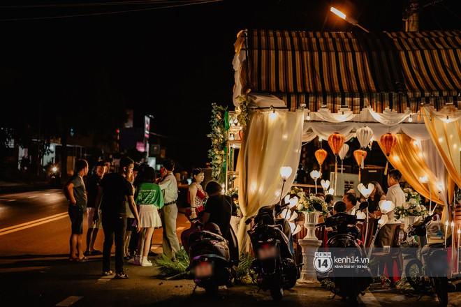 HOT: Những hình ảnh đầu tiên về đám cưới của Cris Phan - Mai Quỳnh Anh ở quê nhà Phú Yên - ảnh 7