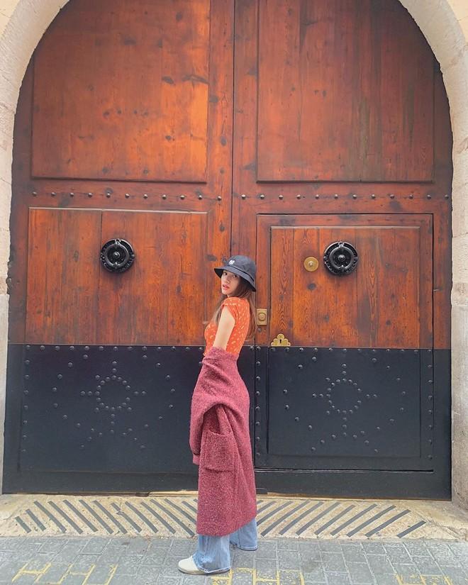Soi bảng thành tích du lịch siêu to khổng lồ của bà mối quốc dân Hương Giang: Đến travel blogger cũng phải dè chứng vì tần suất quá khủng! - ảnh 18