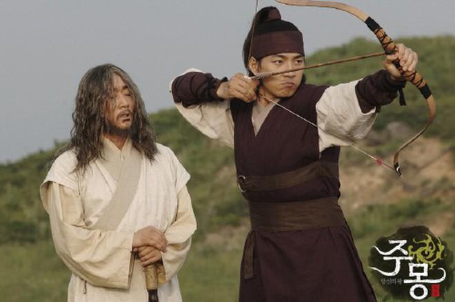 7 bom tấn cổ trang Hàn Quốc từng gây bão mà Arthdal Niên Sử Ký của Song Joong Ki không có cửa đọ lại - ảnh 7