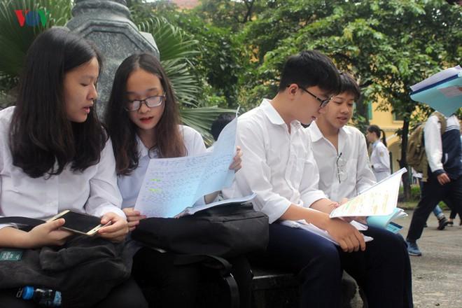 Hôm nay Hà Nội chính thức công bố điểm thi vào lớp 10 năm 2019 - ảnh 1