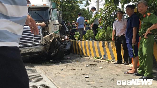 Tài xế container gây tai nạn khiến 5 người thiệt mạng ở Tây Ninh khai do ngủ gật - ảnh 1