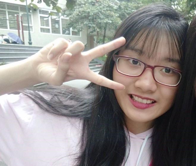 """Thủ khoa vào lớp 10 ở Hà Nội: """"Bố mẹ nói phải tự chịu trách nhiệm việc học của mình - ảnh 2"""