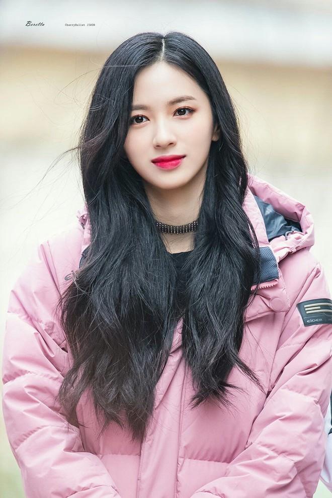 Top 30 idol nữ hot nhất Kpop: Jennie (BLACKPINK) lấn át nữ thần SM, hạng 4 và 5 bất ngờ nhưng Lisa còn khó hiểu hơn - ảnh 9
