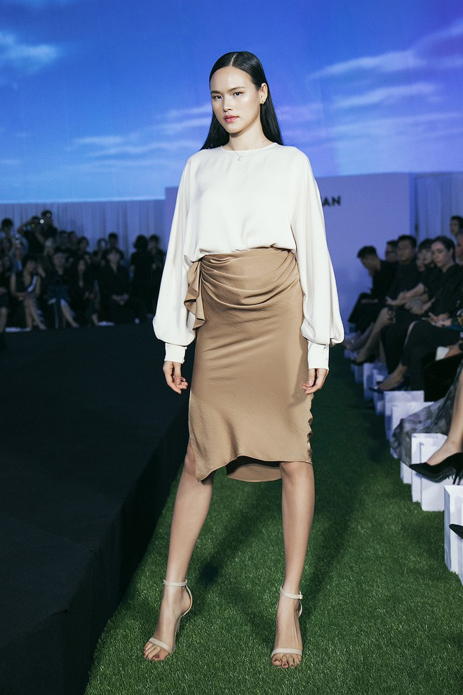Tạm gác ồn ào nợ 3 tỷ đồng, Hoa hậu Trái đất Phương Khánh phô trương đường cong vệ nữ tại show của Adrian Anh Tuấn - ảnh 5