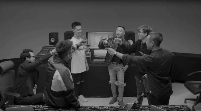 Màn nhá hàng cực gắt: Sơn Tùng tung trailer Sky Tour 2019 chất như phim, mỗi tội chưa thấy chi tiết quan trọng nhất! - Ảnh 2.