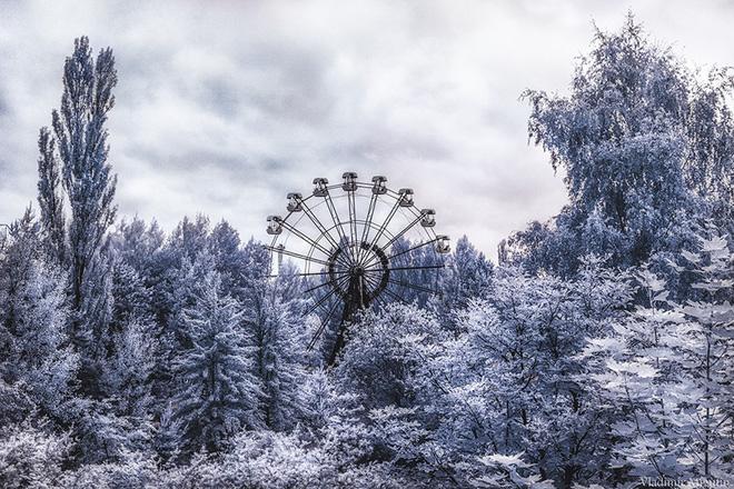 Từ vùng đất ma không ai dám bén mảng, nhà máy điện hạt nhân Chernobyl bỗng hóa xứ sở thần tiên đẹp lịm tim qua lăng kính của nhiếp ảnh gia - ảnh 21