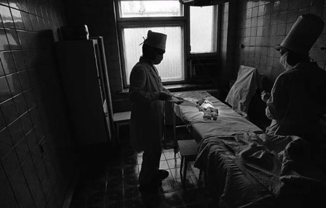 Từ vùng đất ma không ai dám bén mảng, nhà máy điện hạt nhân Chernobyl bỗng hóa xứ sở thần tiên đẹp lịm tim qua lăng kính của nhiếp ảnh gia - ảnh 1