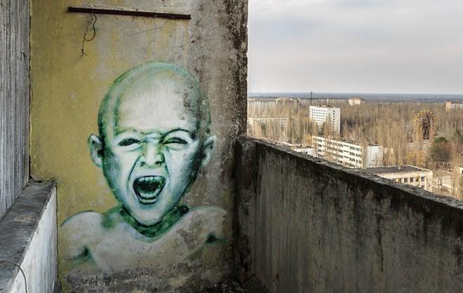 Từ vùng đất ma không ai dám bén mảng, nhà máy điện hạt nhân Chernobyl bỗng hóa xứ sở thần tiên đẹp lịm tim qua lăng kính của nhiếp ảnh gia - ảnh 12