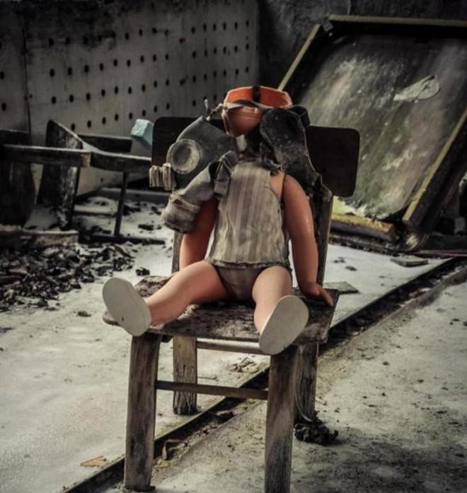 Từ vùng đất ma không ai dám bén mảng, nhà máy điện hạt nhân Chernobyl bỗng hóa xứ sở thần tiên đẹp lịm tim qua lăng kính của nhiếp ảnh gia - ảnh 11