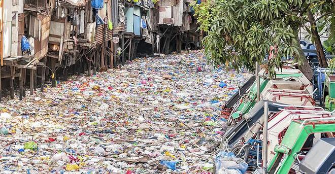 Câu chuyện đốt rác làm nhiên liệu: Phương pháp tuyệt vời giúp biến rác nhựa thành tài nguyên nhưng sự thật đằng sau cũng thật đáng ngại - ảnh 1