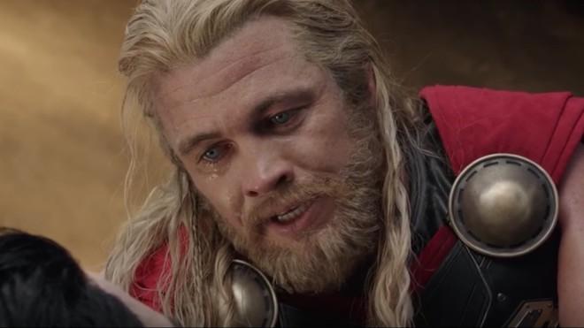 10 cái tên hú hồn từng đóng phim Marvel có thể bạn nhận ra: Em dâu Thor là Miley Cyrus cũng từng làm siêu anh hùng - Ảnh 11.