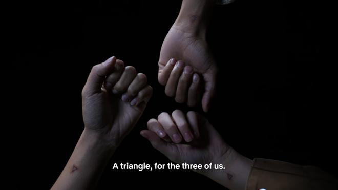 Thích xem phim teen nhưng quá mệt mỏi với drama ba xu, còn chờ gì mà mau xem ngay Trinkets! - ảnh 22