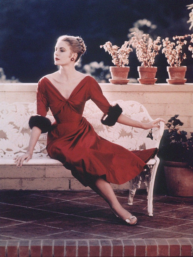 5 tượng đài nhan sắc của Hollywood thập niên xưa: Đẹp như các vị thần, nữ thần, hoa hậu ngày nay khó đạt đến đẳng cấp này! - ảnh 49