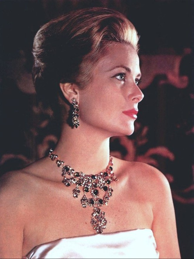 5 tượng đài nhan sắc của Hollywood thập niên xưa: Đẹp như các vị thần, nữ thần, hoa hậu ngày nay khó đạt đến đẳng cấp này! - ảnh 48