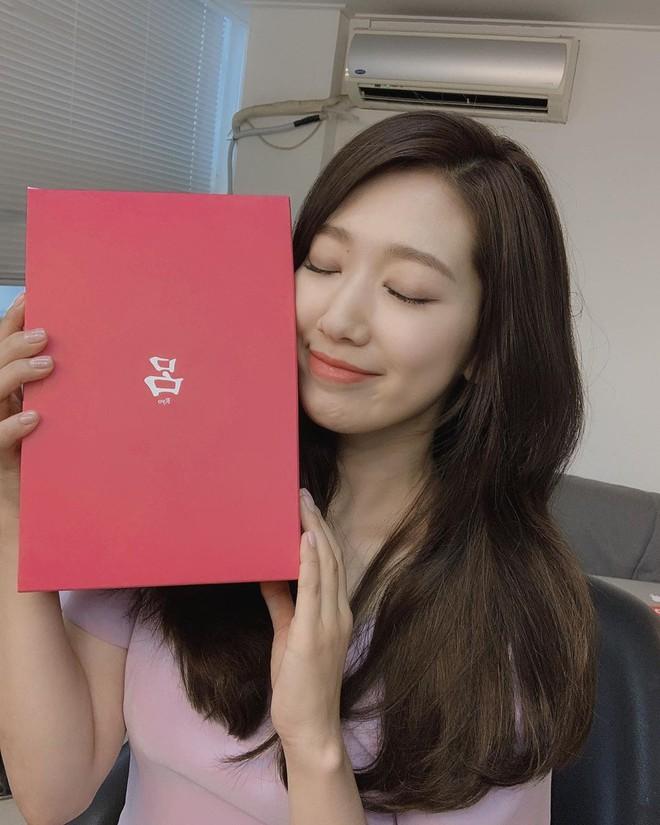 Được khen lột xác nhờ tóc ngắn, ai ngờ Park Shin Hye vừa đổi lại tóc dài đã đạt đến đẳng cấp nhan sắc mới! - ảnh 5