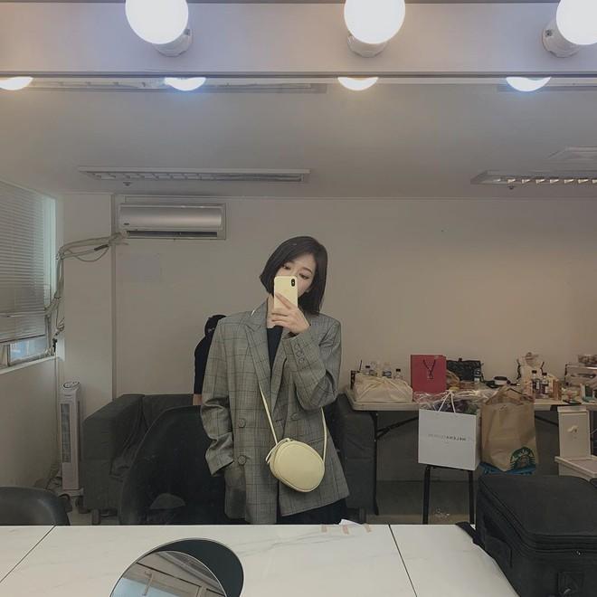 Được khen lột xác nhờ tóc ngắn, ai ngờ Park Shin Hye vừa đổi lại tóc dài đã đạt đến đẳng cấp nhan sắc mới! - ảnh 7