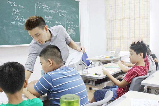 Tiếng Anh cũng chỉ công cụ giao tiếp, vậy học sinh đâm đầu sống chết thi bằng được vào lớp Chuyên Anh để làm gì? - ảnh 2
