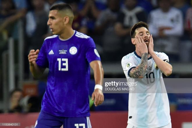 Nổi tiếng khô khan và rụt rè, Messi cuối cùng cũng chiều fan bằng hành động ăn mừng bàn thắng chưa từng làm trong suốt sự nghiệp - Ảnh 7.