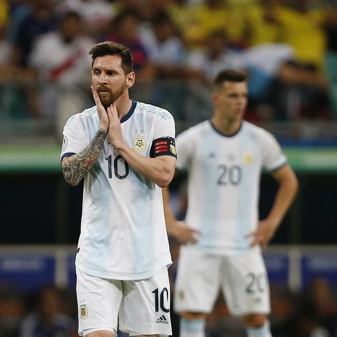 Nổi tiếng khô khan và rụt rè, Messi cuối cùng cũng chiều fan bằng hành động ăn mừng bàn thắng chưa từng làm trong suốt sự nghiệp - Ảnh 6.