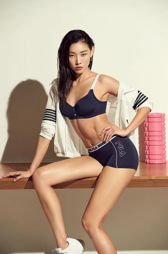 Mỹ nhân Truyền thuyết Jumong thầu cả top 4 tin hot nhất xứ Hàn với màn bôi đen, khỏa thân 100% khoe body siêu phẩm - Ảnh 11.