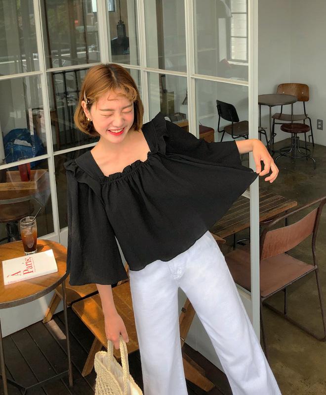 Đẹp khoe xấu che: Để không lộ bắp tay đẫy đà như Á hậu Diễm Trang, chị em nên sắm ngay 5 kiểu áo sau - ảnh 12