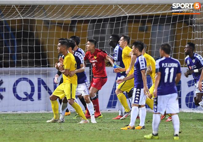Chẳng phải những ngôi sao, người hùng thầm lặng này mới là nhân tố chính giúp Hà Nội FC làm nên lịch sử tại AFC Cup - Ảnh 6.