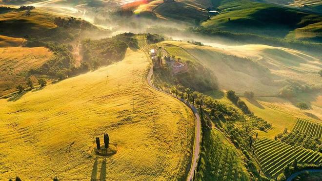Việt Nam là đại diện châu Á duy nhất lọt top 9 quốc gia tuyệt đẹp để đi du lịch bằng xe máy - ảnh 7
